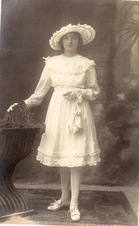 Nonna Viviana. 1917