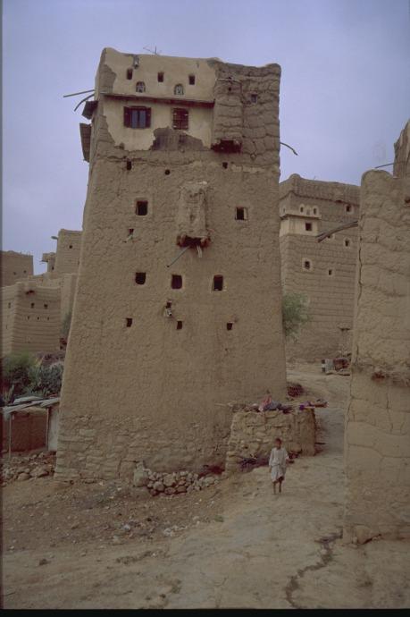 Sand house in Yemen