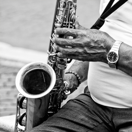 "Sax in ""Piazza Navona band"""